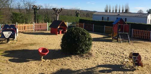Une aire de jeux pour les enfants au Pays Basque